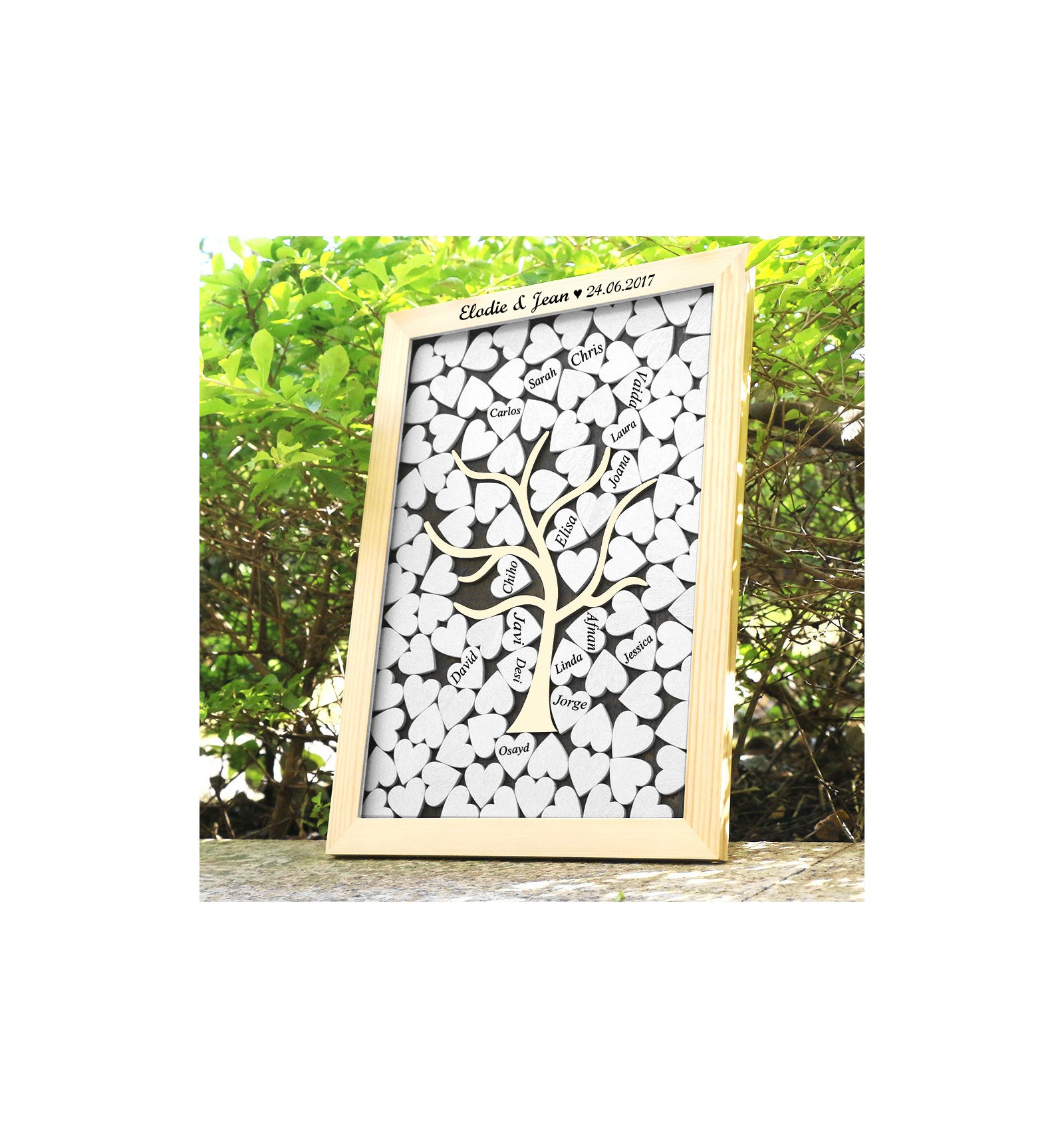 livre d 39 or cadre c urs en bois livre d 39 or tableau avec coeurs en bois. Black Bedroom Furniture Sets. Home Design Ideas