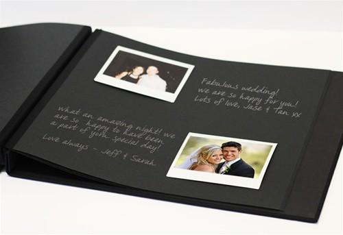 livre d 39 or de mariage spirales avec fen tre de personnalisation 20 pages noires. Black Bedroom Furniture Sets. Home Design Ideas
